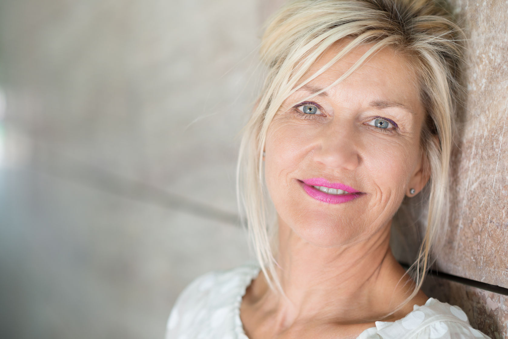 Attain a more youthful look with facelift surgery